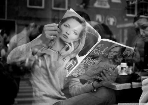 woman-reading-a-magazine-e1436394683819.jpg