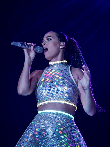 katy-perry-appears-in-old-video-singing-with-p-o-d.jpg