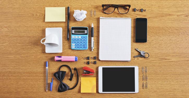 feature_desk-accessories-1420836039.jpg